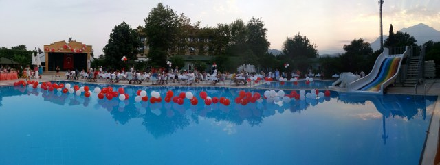 http://www.siriushotel.com.tr/tekirova/images/gallery/20120726_194801_640x241.jpg